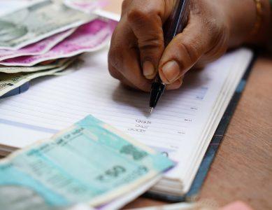Минимальный бюджет — коррумпированным чиновникам